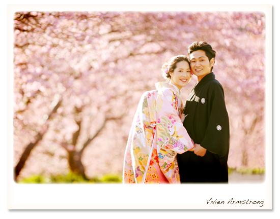 桜のトンネルで和装ロケーション撮影
