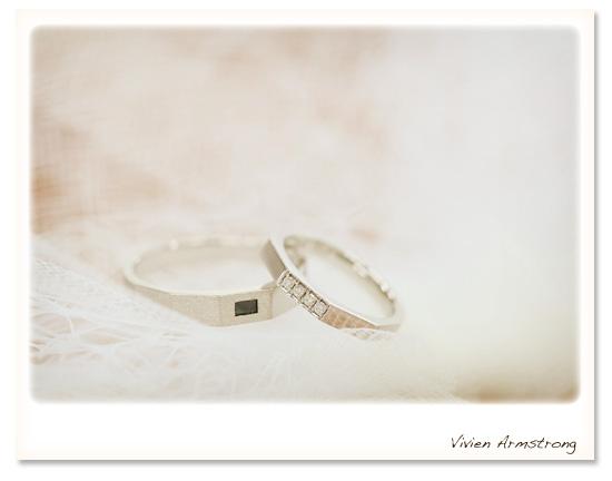 フォトウェディングでは指輪の写真も素敵に