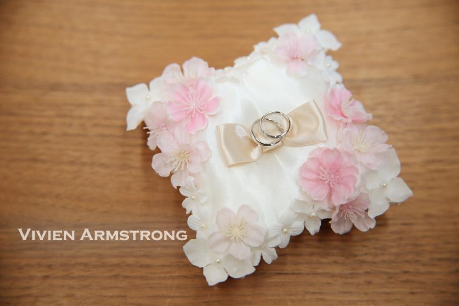 桜のモチーフを使用したウェディング小物