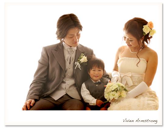 赤坂ブライダルフォトグラファーズの、ちょっといい話-3shot_photoW01