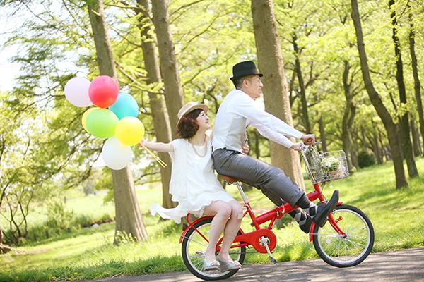 紅色腳踏車 氣球