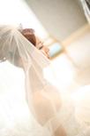 ブライズルームでの花嫁さまの横顔