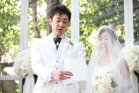 挙式当日の新郎新婦のドキュメンタリースナップ