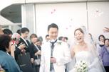 フラワーシャワーで大笑い インターコンチネンタル東京ベイ