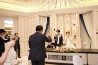 ご結婚をお祝いしてみんなで乾杯!!