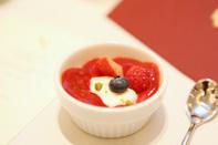 イチゴと木苺のデザート