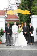 レストランマダムトキで結婚家族写真