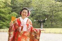 横浜鎌倉三渓園 日本庭園で扇と遠近法を使っての楽しい和装前撮り