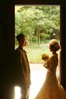 旧前田侯爵邸のテラスから溢れる光を使っての和洋装ウェディングフォト