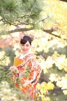 都内日本庭園で色打掛の和装ロケーションフォト