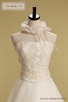 Canta Bella ピンクベージュの刺繍を施したビスチェに何層にも生地を重ねたオーガンジーシルクドレス