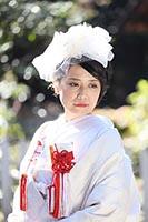 白無垢でチュールのヘッドドレススタイルの新婦様