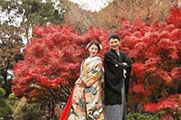 花畑記念庭園で和装の紅葉ロケーション