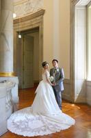 東京国立博物館の表慶館でウェディングドレスのロケーションフォト