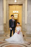 文化財にも指定されている表慶館内でウェディングの婚礼撮影