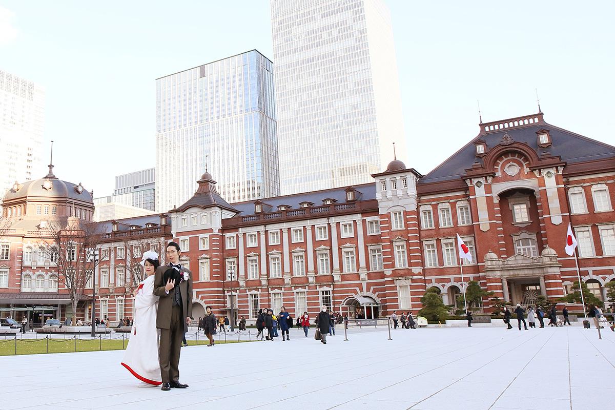 赤レンガの美しい東京駅でレトロモダンなフォトウェディング